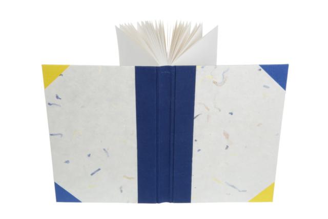 Betty Majoor boekbinder Eindhoven gebrocheerd boek